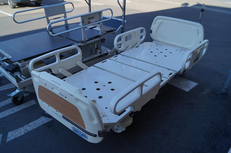 1 Stryker Secure 1 hospital beds 4