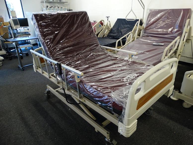 Hospital bed model 3022