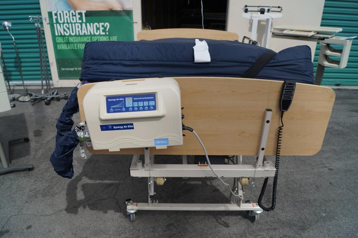 Hill Rom bariatric hospital bed for sale full electric