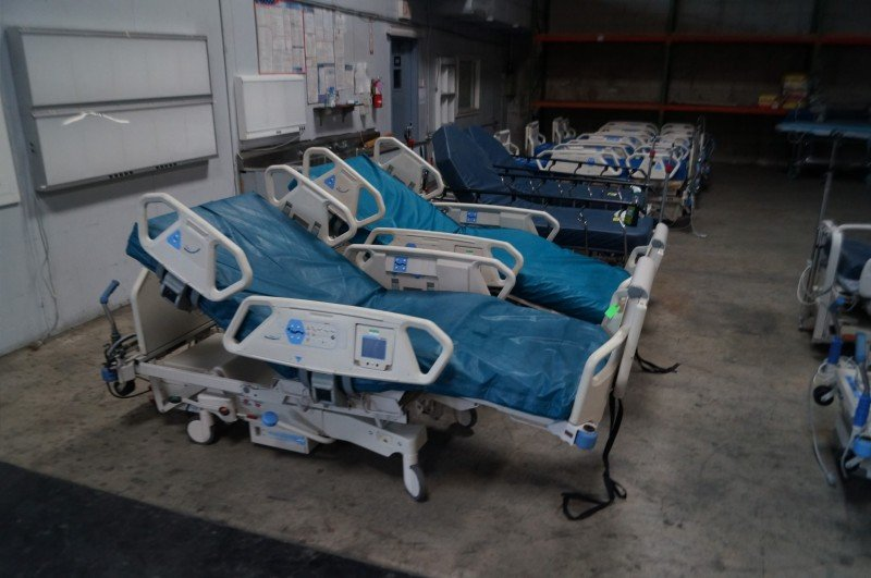 hill rom totalcare p1900 hospital treatment beds