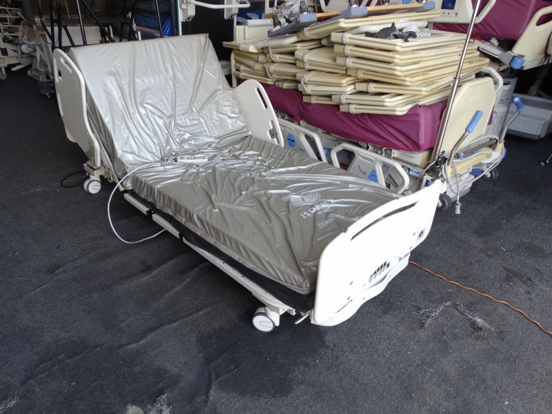 Sizewise bariatric hospital bed 2