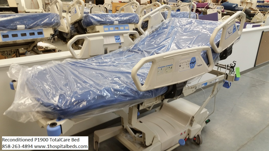 Reconditioned Hill Rom P1900 Totalcare Bariatric Hospital Bed for sale